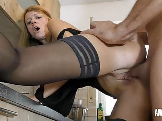 lisslonglegs: loyalty test - sorry heike!Porn Videos