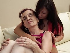 granny get her pussy licked by girlfree full porn