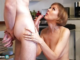 Brunette Milf Mature vid: British Milf fucks young Boy