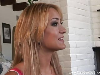 Danish Blowjob Threesome vid: White Girl Joins Ebony Couple 3some