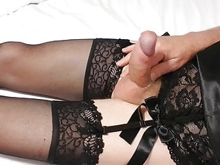 crosdresser lingerie on cums and stockings sexy Horny