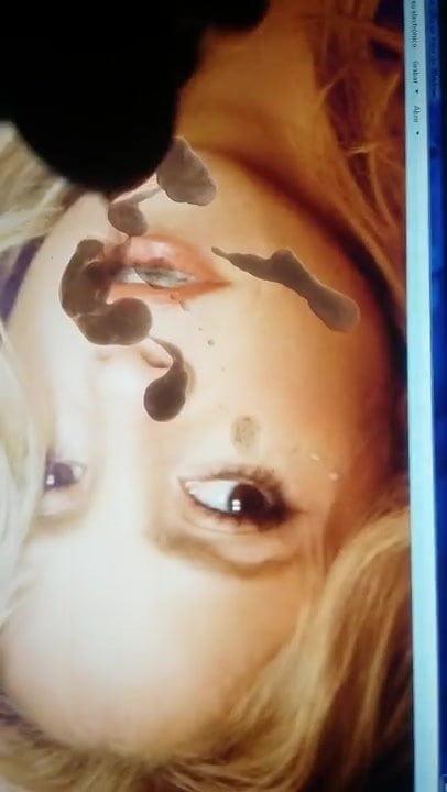 Nackt shakira Shakira Barrera