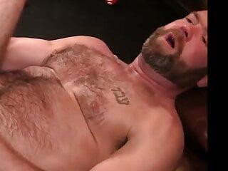 سکس گی Bearded Black Top Barebacks Furry White Bottom Dad hd videos gay bareback (gay) daddy  black gay (gay) bear