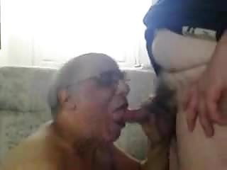 Sucking another 039 cock...