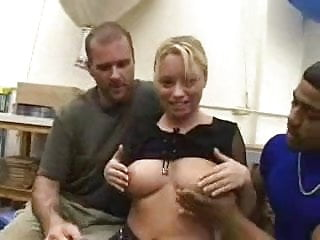 Amateur girls getting fucked