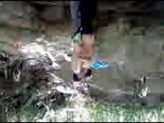 La pisada en el rio que me dio mi amigo palomudo