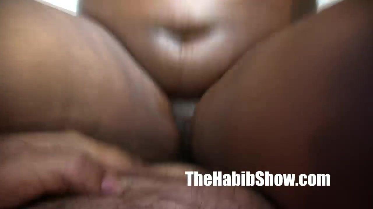 Eating Thick Ebony Pussy