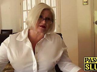 Lacey Starr si fa scopare il culo della nonna
