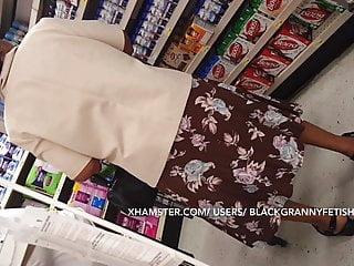 Very Very Very Weak Dark skinned Granny Upskirt