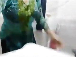Pakistani sexy video...