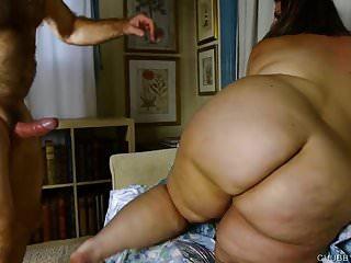 Belle tette grandi BBW ama scopare e succhiare il cazzo