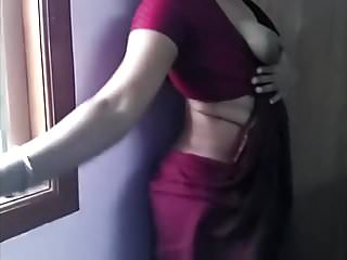 Indian Bhabi Showing Her Assets