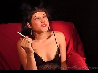 Shayna Knight - Smoking Fetish at Dragginladies