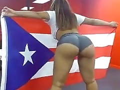 Puerto Rican Babe Jaw-dropping Booty