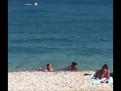 Voyeur a la plage (103) - MILF topless at beach big tits
