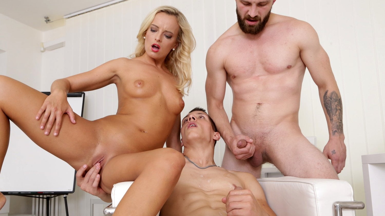 Threesome Big Tits Latina