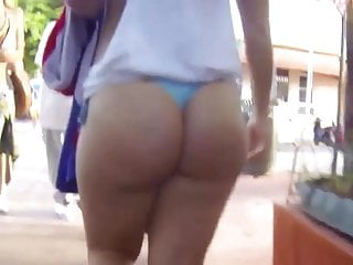 Phat booty public thong...