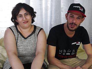 Scambisti Maturi Chubby Italian Moana si fa scopare anale