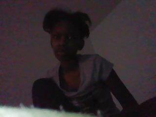 Ashley : Young Ebony Teen-Girl Play on Cam Pt 1