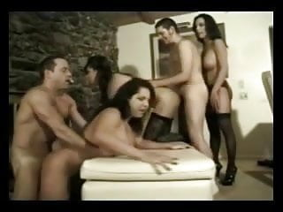 Orgy with Transexuels men and woman