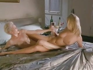 Monique Parent and Tracy Ryan tribbing - (pussy rubbing!)