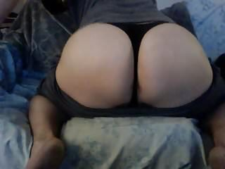Big booty bubble butt cd pawg thick transexual...