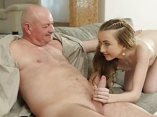 Daddy4...