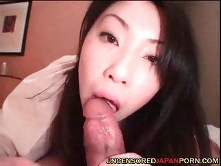 未經審查的日本業餘色情家自製的視頻
