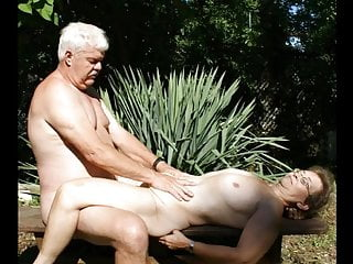rose sniffer Old couple posed pics and quick video group