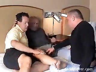 Threesome pt 1...