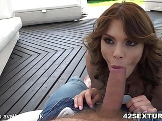 MILF Ass Jumping on White Dude's Rod