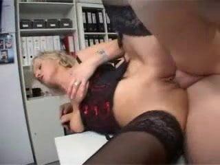 Blonde MILF Secretary Fucked Free Amateur Porn Movies
