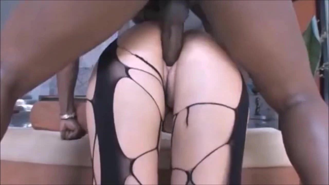 Big Booty Latina Stripper