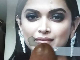 Cum tribute to Deepika Padukone(4)