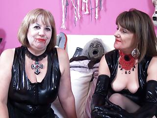 Vampire lesbian lovers...