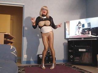 upskirt sexy blonde big boobsHD Sex Videos