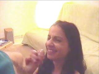 Latina Amateur Bonna & Cumshot