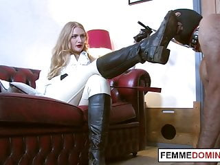 Femdom in footworshipping and whipping session