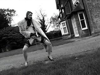 British posh totty pisses outdoors...