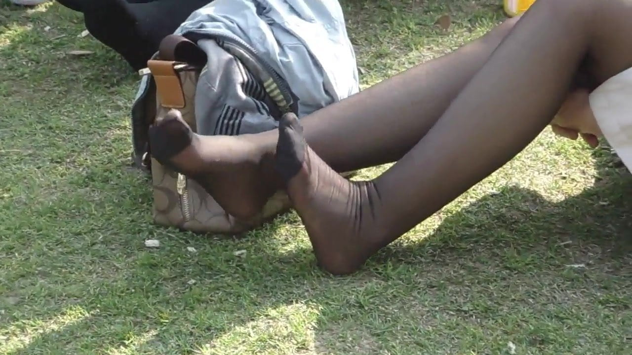 Lesbians Nylon Feet Worship