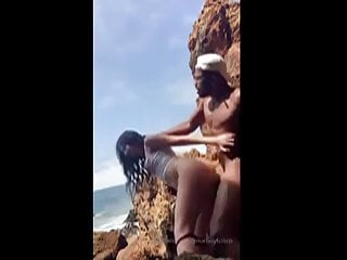 Amateur interracial couple screws at the public beach - Pure