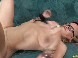 Golden Slut - Hairy Mature Women Getting Plowed Compilation