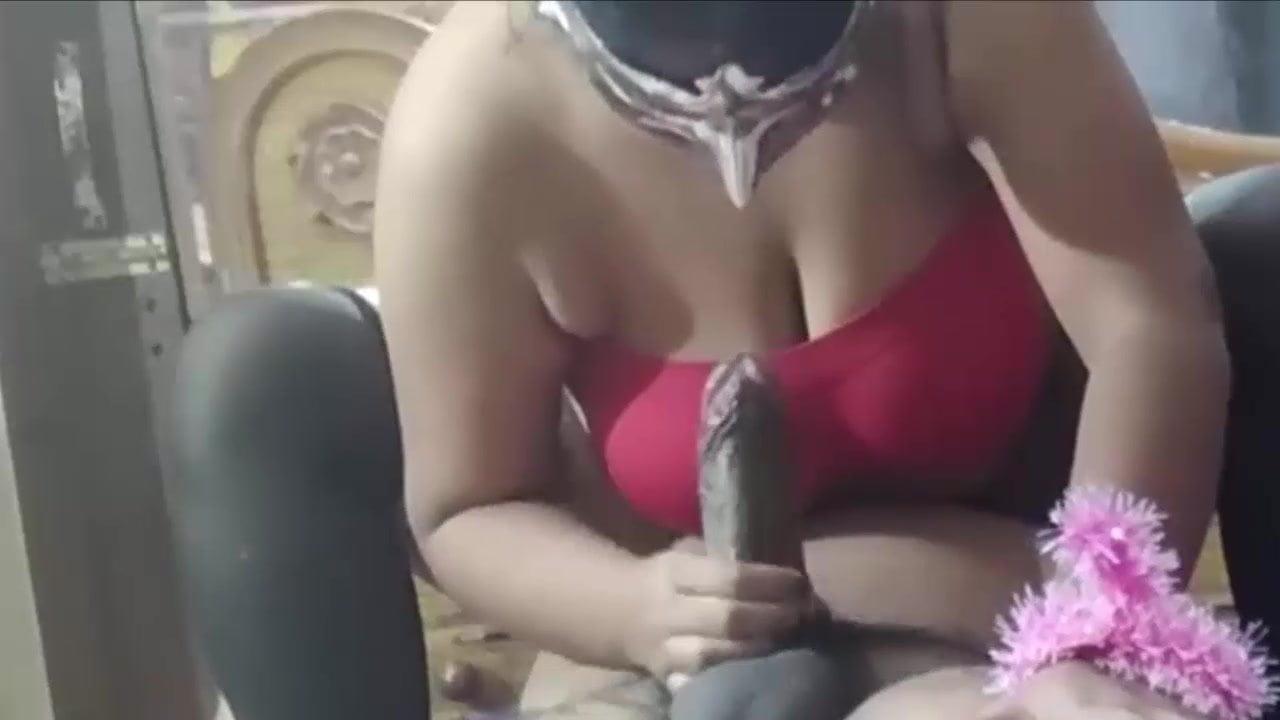 Desi couple recording themself a porn