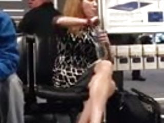 Great legs at the Airport 10