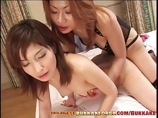 Japanese Stepmom fucks her cute StepDaughter