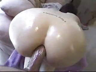 Anal fucked squirting girl