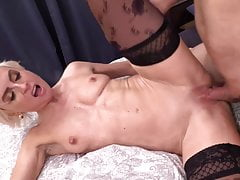 boy fucks hot mature motherPorn Videos
