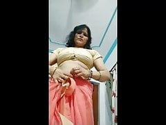 Indian Aunty's Saree Strip