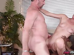 Hot MILF Sofie Marie Double Penetrated In Interracial threesome