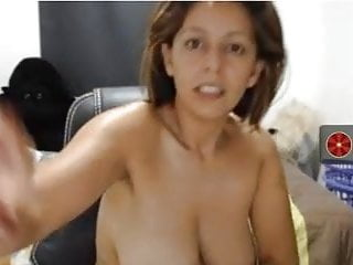 nice columbian milf show naked body